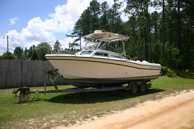 For Sale: 1986 Grady White Trophy Pro 257. 2001 Evinrude Power, about 650 ...